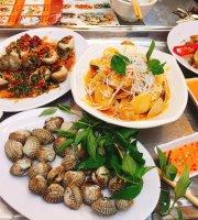 Snail Mrs. Tu Restaurant