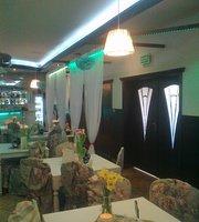 Altana Pub & Lounge