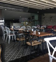 Trend 216 Cafe Restaurant