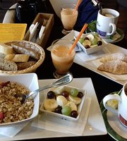 CAFÉ LEVEL&Bar