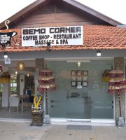 Bemo Corner Coffee Shop, Restaurant & Spa