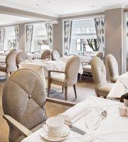 Cafe Condi im Fairmont Hotel Vier Jahreszeiten