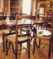Restaurant & Bar la Galine in Mieussy