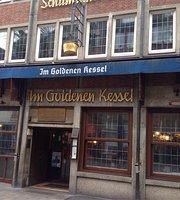 Im Goldenen Kessel