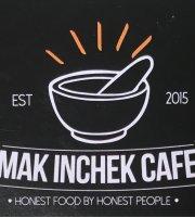 Mak Inchek Cafe
