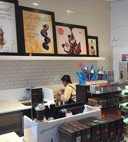 Godiva Chocolatier Cafe