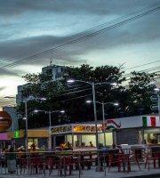 Rodadero Plaza Inn