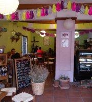 La Cereza Cafetería y Repostería