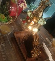 Heyla Cafe