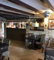 Barna-Bar & Etterem