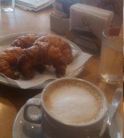 Balcarce Cafe