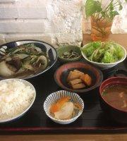 Hachi ju hachi Restaurant