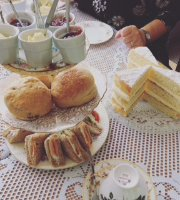 Chantilly Vintage Teas