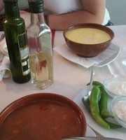 restaurante rumano La Bunica