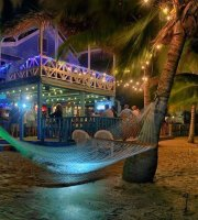 Mango's Beachfront Bar