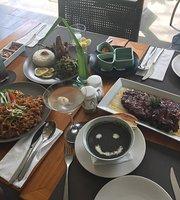 Urbana Restaurant Ubud