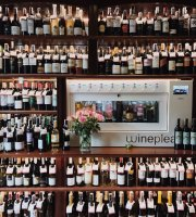 La Vineria Bistro Wine Bar & Cafe