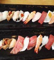 Gold Rainbow Sushi