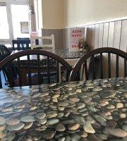 Brunch n Munch Cafe