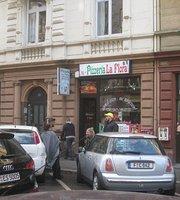 Pizzeria La Flora