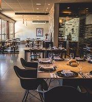 Flor Negra Comfort-Food & Wine Bar