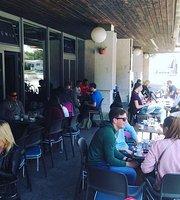 Caffe Bar Academia