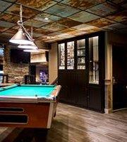 Saucy's Sports Bar