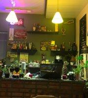 Le Cafe Bistrot