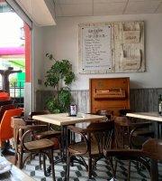 Cafeteria La Luna San Jose