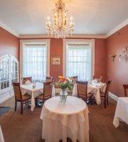 The Woodlawn Inn Restaurant