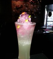 Mr.B Cocktail Bar & Bistro