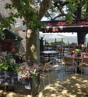 Cafe Le Terrail