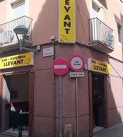 Bar Llevant