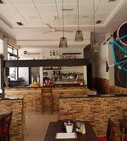 La Bicicleta Taperia Cafeteria