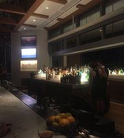 Lobby Bar at The Diplomat Resort and Spa