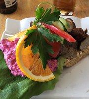 Lilla Blå Café & Restaurang