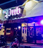 The Pub Resto-Lounge, Bar & KTV