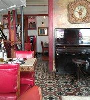 Café Geraes/ Escadabaixo