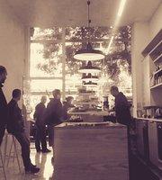 Flat White Artisan Cafe