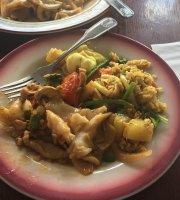 Yum Yum Thai Restaurant