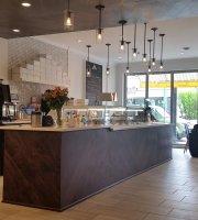 Chocorrant Patisserie & Cafe