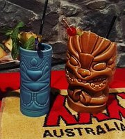 Waikiki Speaki Tiki Bar