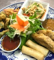 Niyom Thai Restaurant