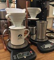 Howl Mercantile & Coffee