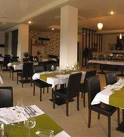 Morado Cafe & Restaurant