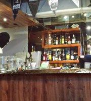 Warlng Teddy's Restaurant