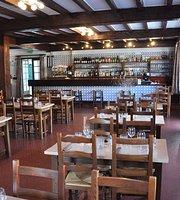 Trinquet Restaurant Mendionde