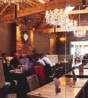 The New Masons Bar & Grill