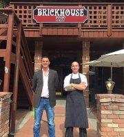 BrickHouse 737