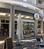 Cyber Cafe Dom Rodrigo